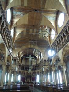 De geheel uit hout opgebopuwde kathedraal van Paramaribo. Werelderfgoed.